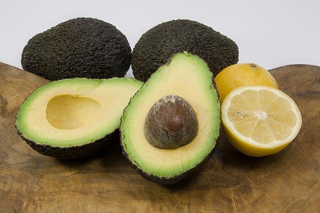 avocado-1276875_640